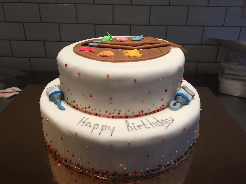 bestil kage til fødselsdag